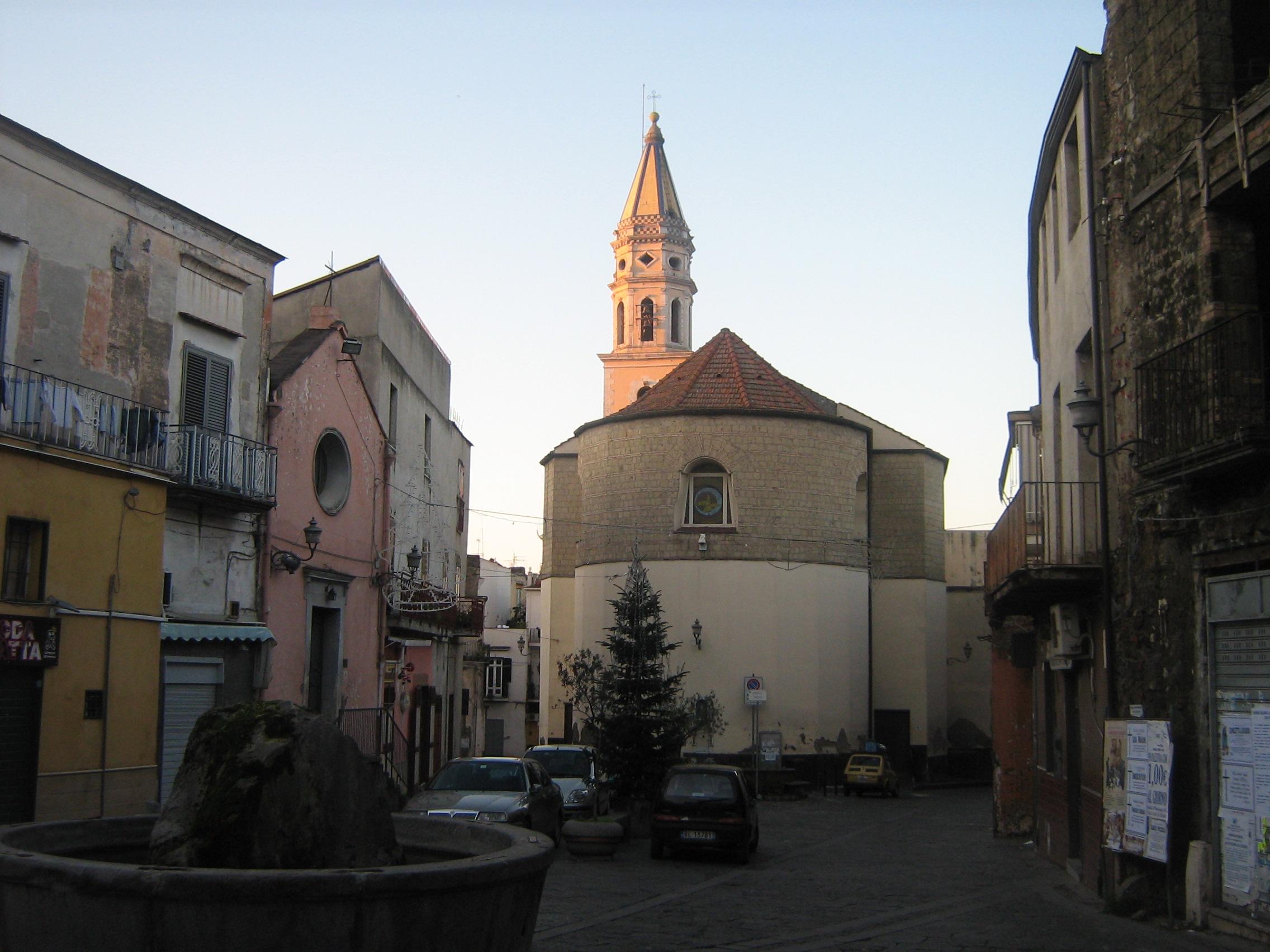 S.Anastasia - Piazza Trivio